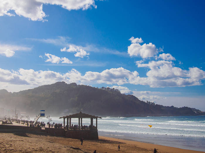mejores playas para hacer surf Zarautz