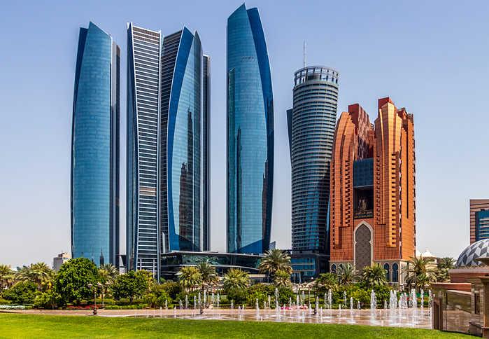 ¿Que ver en Abu Dhabi? Etihad Towers
