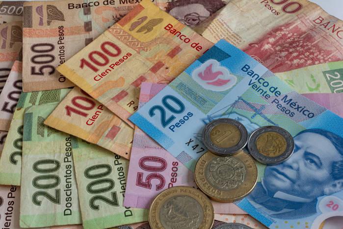 viajar a mexico moneda peso mexicano