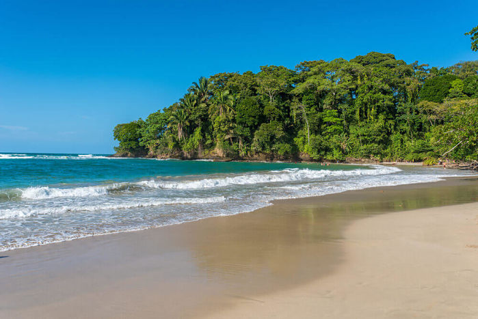 playa punta uva costa rica