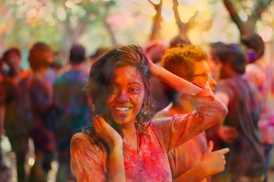 Mujer Holi Festival India