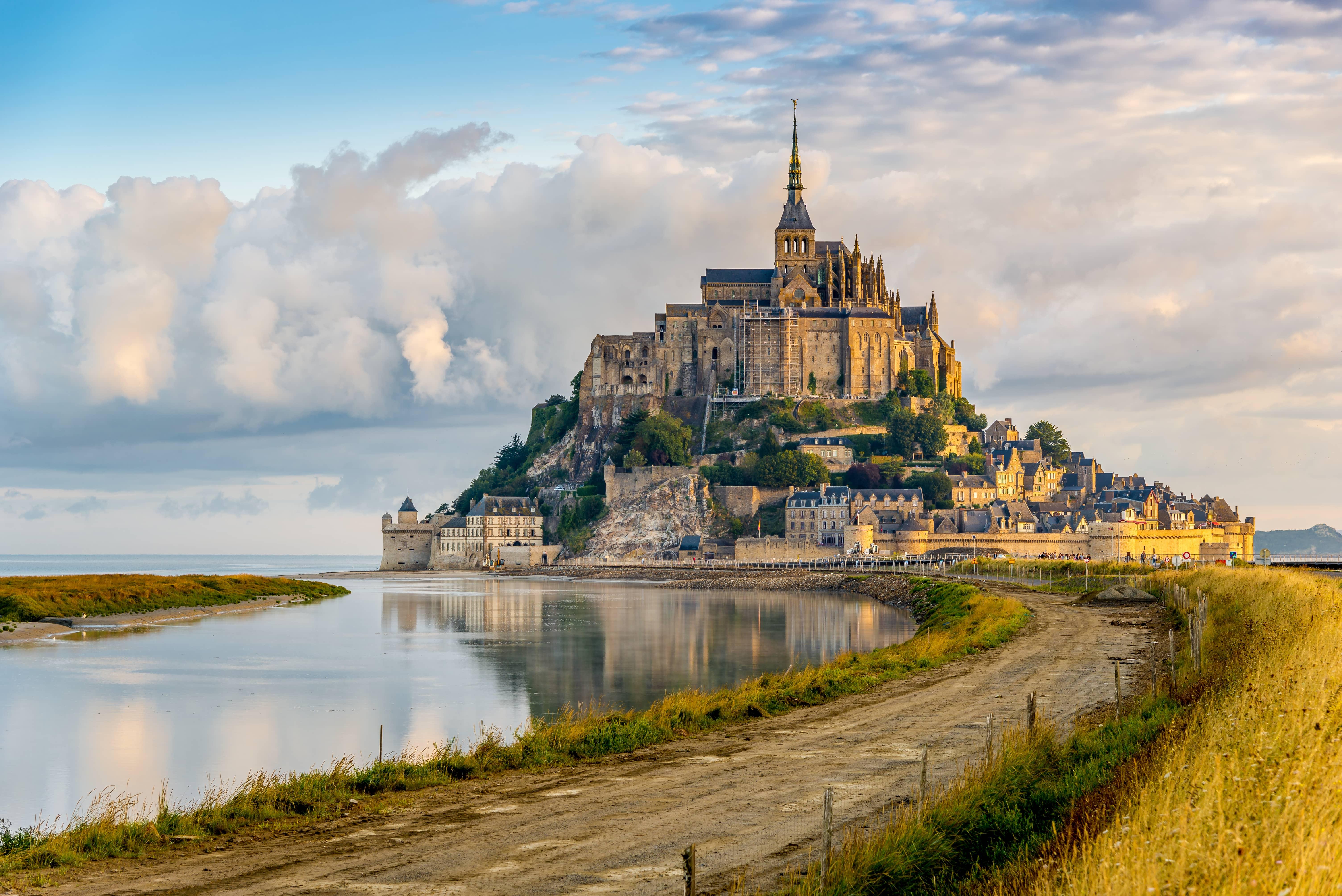 Saint Michel Francia   Viajar en 2021